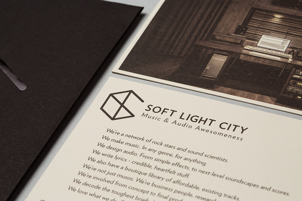 MARK-Soft Light City